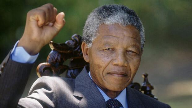 Mandela'nın ölümü dünyayı yasa boğdu