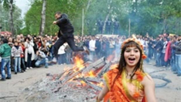 Kakava'da ateş yakıldı