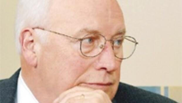 Cheney molla için geliyor
