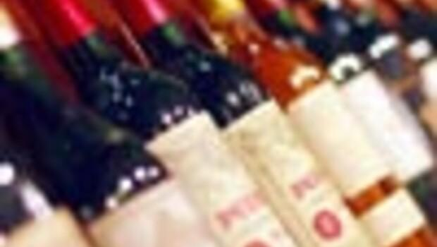 Turkish AKP's new alcohol law raises questions marks