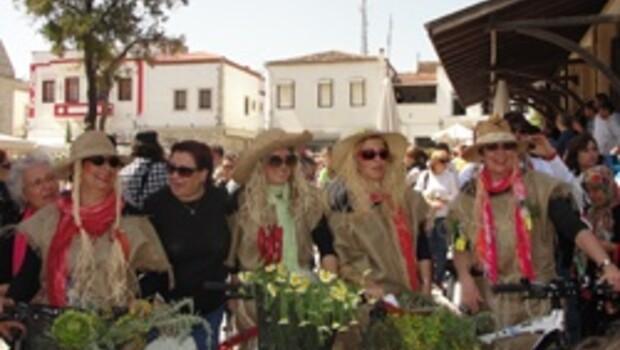 Alaçatı 'Ot festivali' ile çoştu