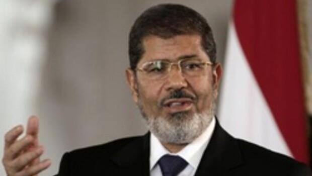Mursi, askeri darbeyi kabul etmiyor