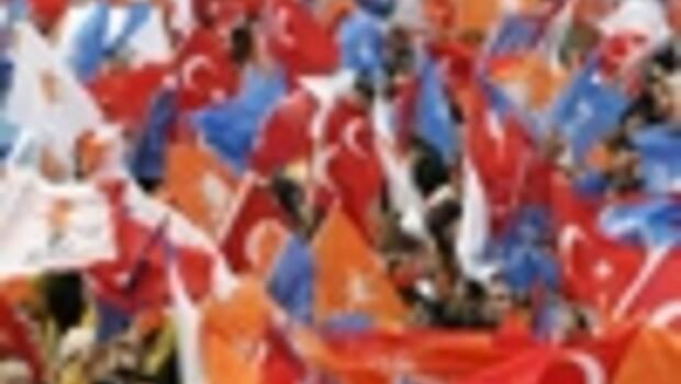 Turkeys ruling party AKP wins local elections but loses ground
