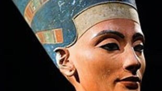 Mısır tarihi eserleri istiyor