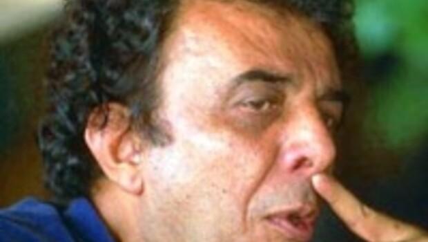 Ali Özgentürk kimdir
