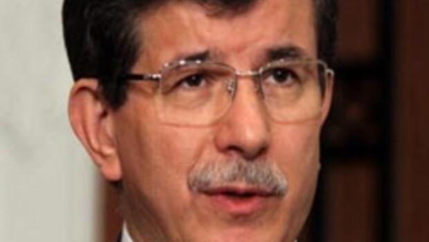 Davutoğlu, Esad'a ömür biçti