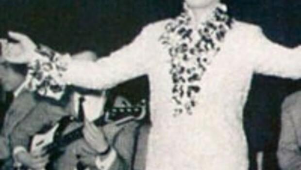 Zeki Müren'in mankenlik fotoğrafları