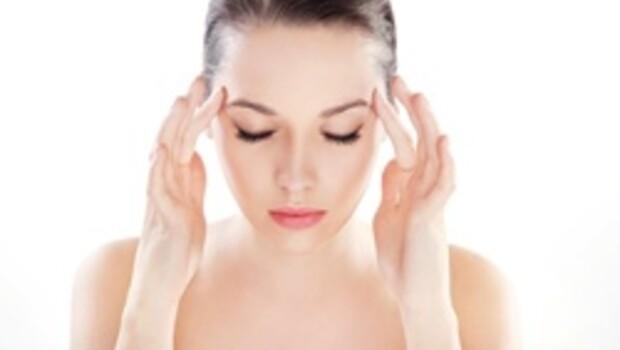 Adet döneminde baş ağrısına dikkat