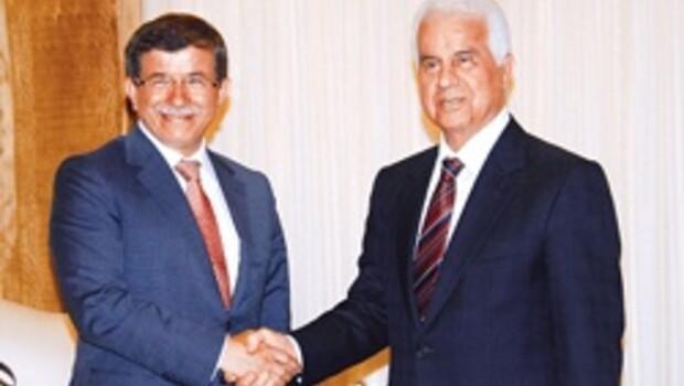 Hedef 2012'de referandum ve Birleşik Kıbrıs