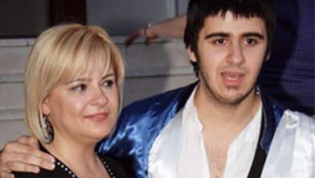 Emrah'ın oğlunun annesine şok ceza