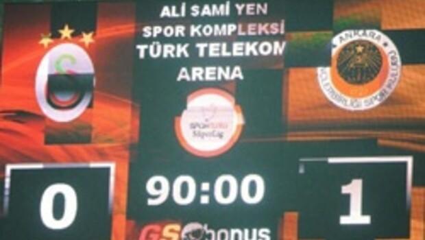 Galatasaray şeytanın bacağını kıramıyor
