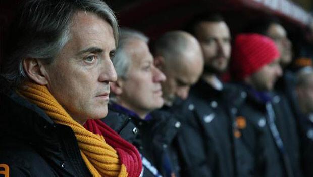 Galatasaray Mancini ile evinde bir başka