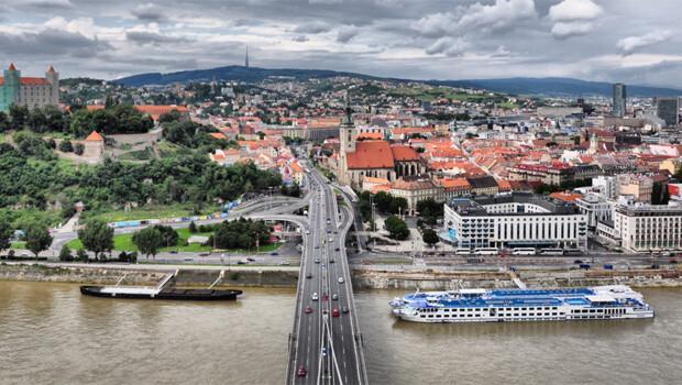 Slovakya, Almanya'daki taciz olayları nedeniyle Müslüman sığınmacı kabul etmeyecek
