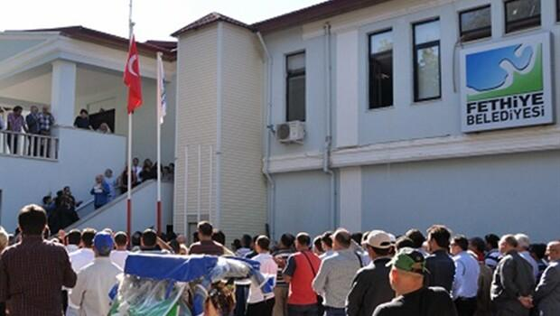 Fethiye Belediyesi'nde asgari ücret 2250 lira olmadı