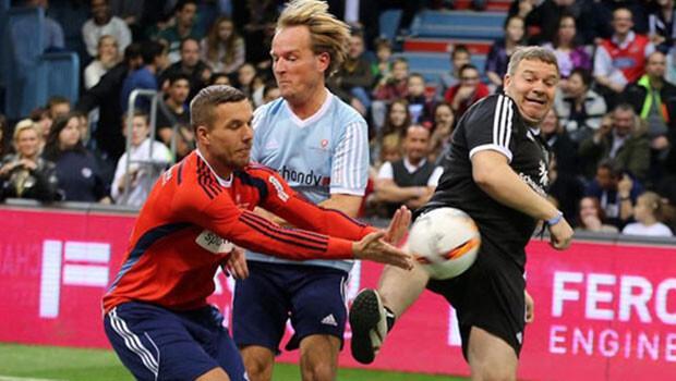 Ne yaptın Podolski?