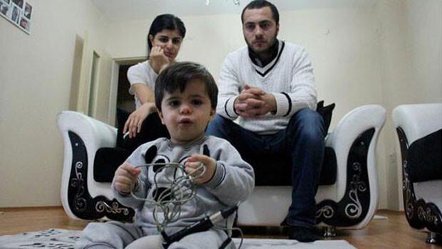 Ahmet'in iki beyin lobunun bağlantısı kesilecek