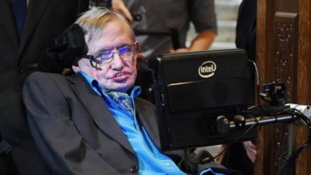Stephen Hawking: Kendi eseri olan tehlikeler insanlığı tehdit ediyor