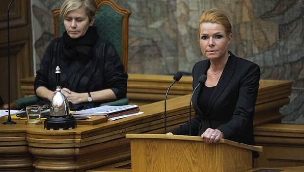Danimarka tartışmalı tasarıyı onayladı: Mültecilerin mücevherlerine el konulacak