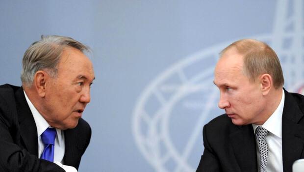 nazarbayev putin ile ilgili görsel sonucu