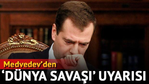 """Rusya Başbakanı: """"ABD, Rusya ve hatta Türkiye dünya savaşı çıkmasını önlemeli"""""""
