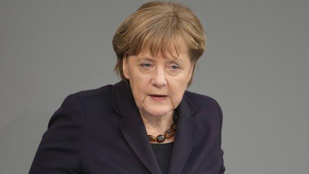 Almanya Başbakanı Angela Merkel: AB gülünç duruma düşüyor!