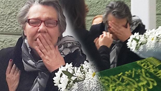 Işıl Yücesoy annesini kaybetti