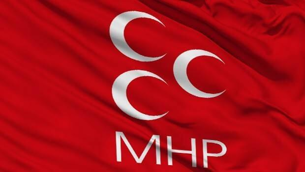 MHP'de 8 ilde teşkilat depremi