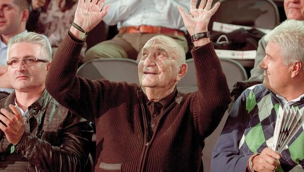 Yalçın Granit: Basketbola adanmış bir ömür