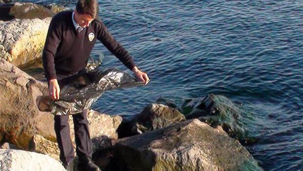 Balıkçının oltasına ceset takıldı
