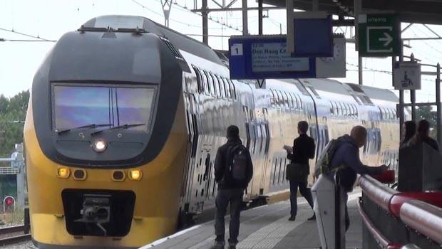 Hollandada saldırı şüphesi nedeniyle tren garı boşaltıldı