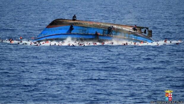 Libya açıklarında '700'e yakın göçmen boğuldu'