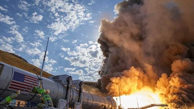 İşte insanlığı Mars'a götürecek dev roket!