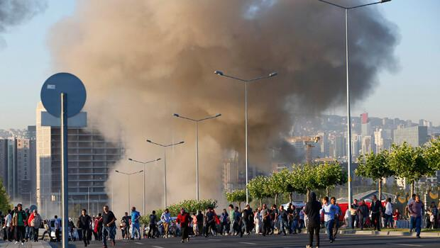Cumhurbaşkanlığı Külliyesi yakınlarına 2 adet bomba atıldı: 5 ölü