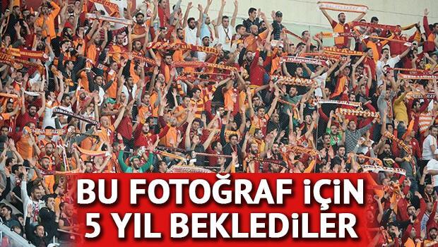 Galatasaray taraftarları 5 yıl sonra Dolmabahçe'de