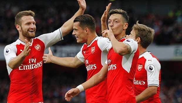 Mesut gol attı, Arsenal şov yaptı