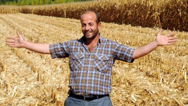 Tarladan çaldıkları 19 ton mısırı satmaya götürürken yakalandılar