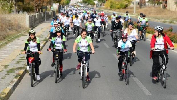 Lüleburgazda bireye ve bisiklete saygı turu