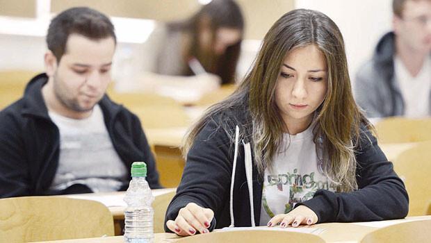 Üniversitede acil tercih