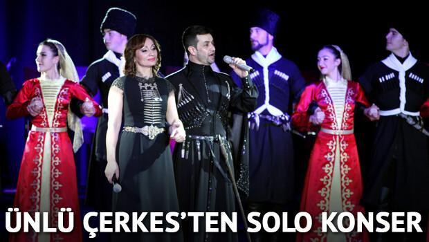 Ünlü Çerkes'ten solo konser