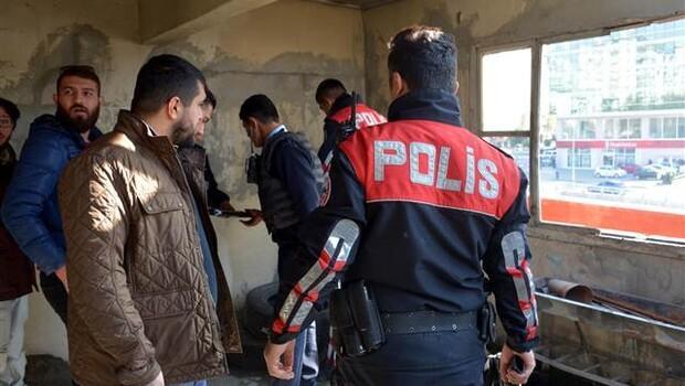 Polisten dizi setine uzun namlulu silah baskını