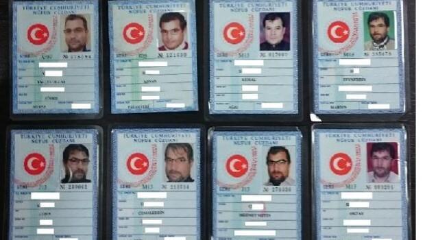 Afgan dolandırıcı sahte kimliklerle 1 milyon lira kredi çekti