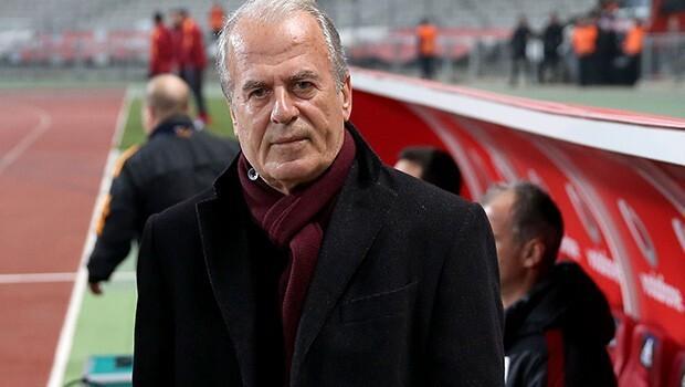 Ünlü teknik direktör Mustafa Denizli'ye boşanma dayağı!