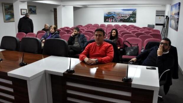 Turizm toplantısına 6 kişi katıldı