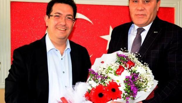 Aksaray Belediye Başkanı, şehit ailelerini ziyaret etti