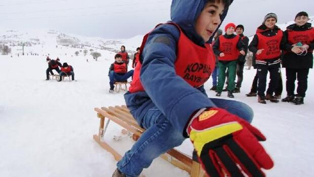 Bayburt Belediyesi'nden kayak sporuna destek