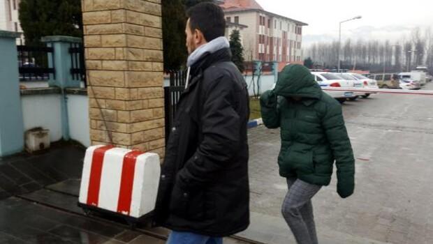 Düzcede elektronik eşya hırsızları yakalandı