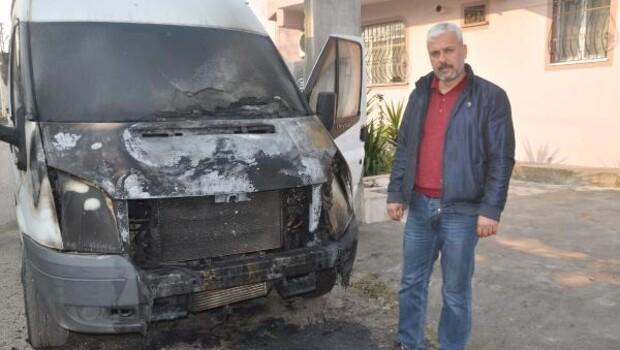 Reyhanlıda bir gece 10 araç yakıldı