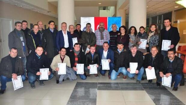 Eğitimciler sertifikalarını aldı