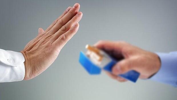 Sigaraya yeni yasak: 5 metre kuralı geliyor