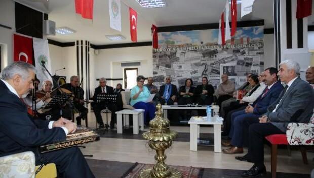 Başkan Demirel, Emekli Evinde emeklilerle sohbette